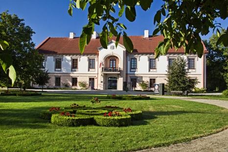 Uwaga!  Nowy dojazd do Muzeum przy ul. Sandomierskiej 1